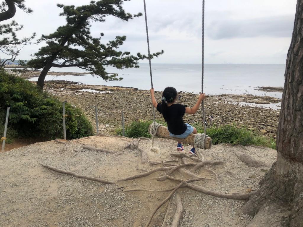 日間賀島 ハイジのブランコ